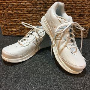 New Balance 577 White Walking Sneakers